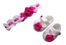 komplet na szydełku dla dziewczynki opaska buciki szydełkowe