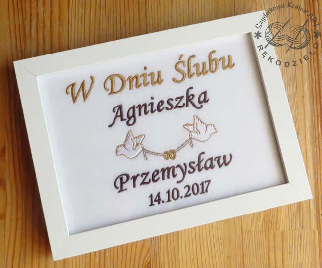 pamiątka pamiątki ślubu rocznicy w ramce prezent na chrzest ramka obrazem haftowany z haftem napisem prezenty personalizowane